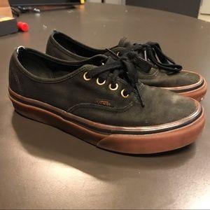 gummy sole black and tan vans authentic